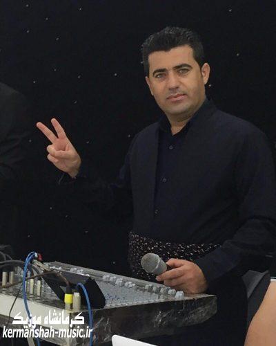 vqy6 photo 2017 03 28 01 01 40 - دانلود آهنگ آیت احمد نژاد  و علی ویسی بنام پریشانم نکه